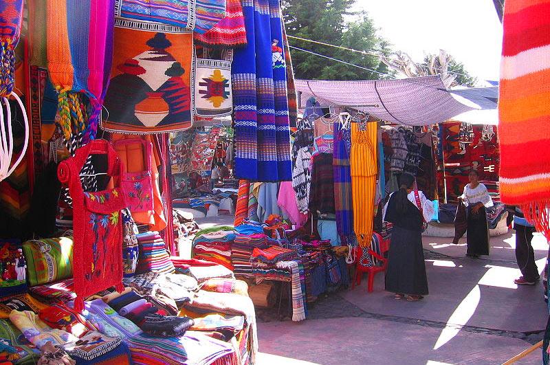 800px Otavalo market